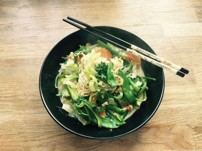 Gemüseeintopf Thai-Stil
