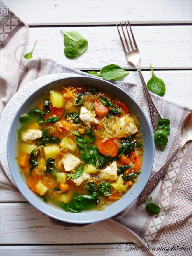 Gemüseeintopf mit Hähnchen &Sauerkraut