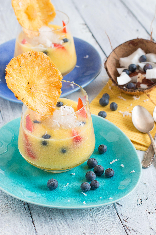 Ananas-Kokos-Gazpacho mit Pfirsich-Granita