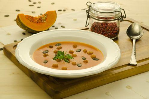 Kürbissuppe mit Bakcerbsen