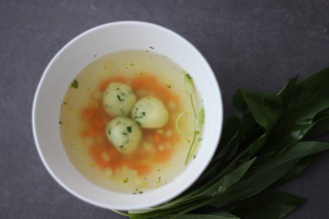 baerlauch-griesskloesschen-suppe